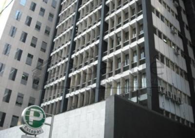 Conjunto comercial em ótima localização na Alameda Santos – Venda: R$ 350.000,00 Aluguel: R$ 1.300,00