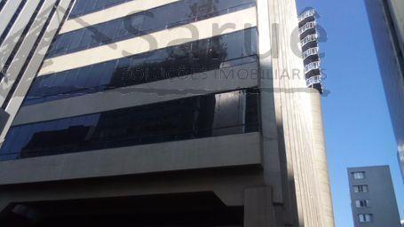 Sala comercial para locação nos Jardins com 292m², 5 vagas, imóvel junto ao metrô. R$ 23.400,00