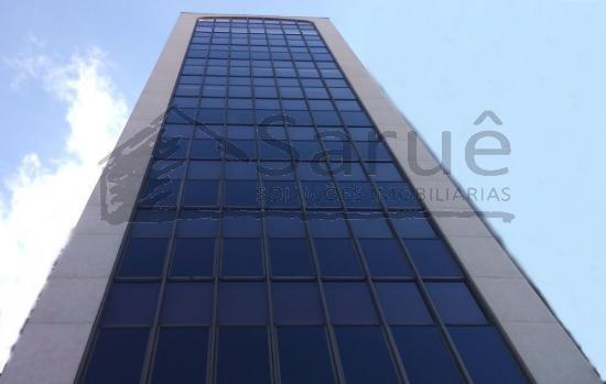 Prédio comercial monousuário para locação em excelente localização no Itaim Bibi, com 1.600m² de área útil, 10 andares em vão livre e 28 vagas.  R$ 90 mil