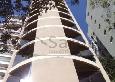 Sala comercial para locação nos Jardins com 88m², recepção, 3 salas, copa, 4 banheiros, segurança 24 horas, junto a Av. Paulista e estação de Metrô! R$ 4.500